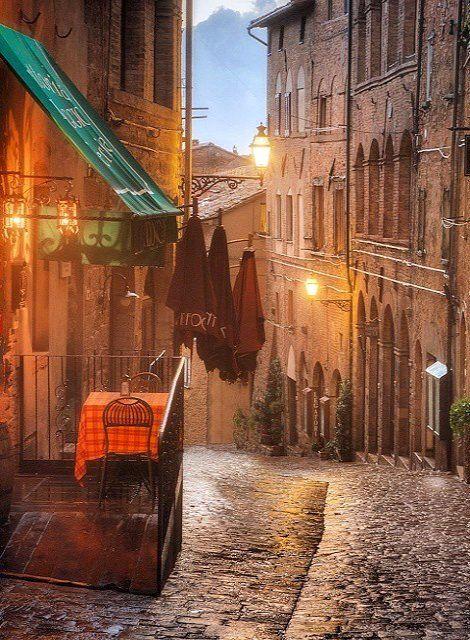 Volterra, Tuscany, Italy | by Daniel Kordan