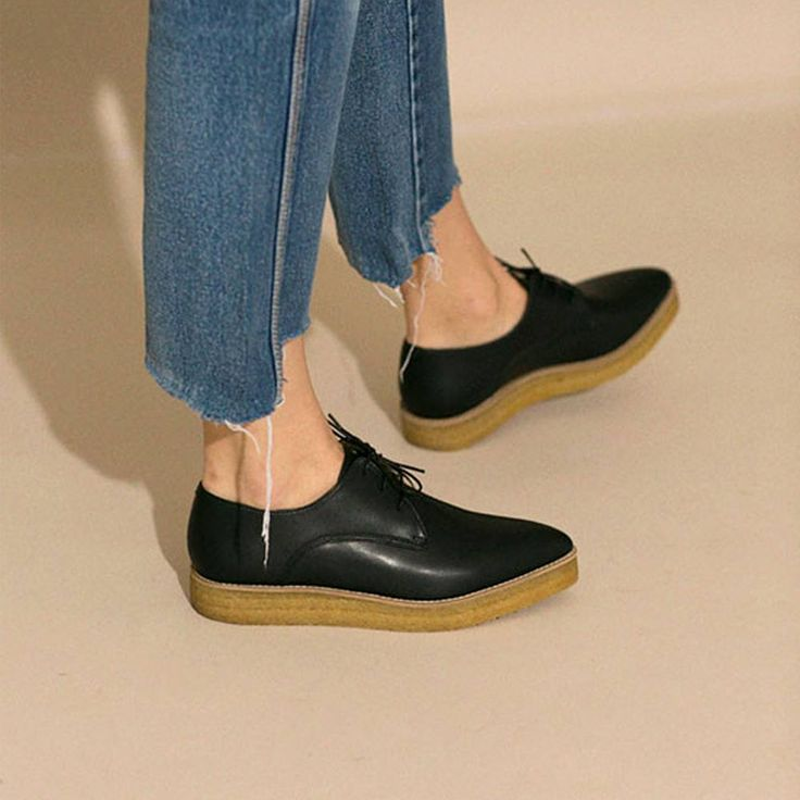 Crepe Derby photo by Bona Drag. Sydney Brown Vegan Footwear, Shoes, Spring Summer 18 #ss18 #aw18