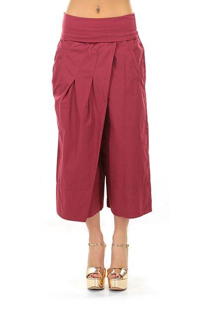 MANILA GRACE - Pantaloni - Abbigliamento - Pantaloni ampi al polpaccio con elastico in vita risvoltabile, con tasche laterali ed a filetto sul retro.La nostra modella indossa la taglia /EU 40. - MD220 - € 154.00