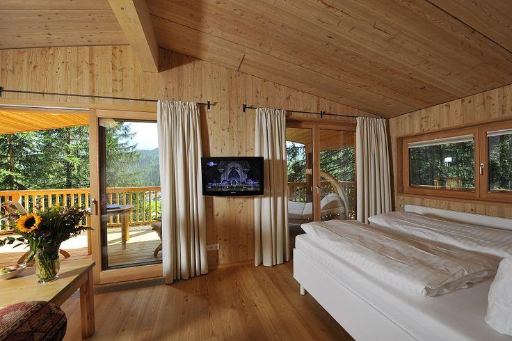 Das »Kranzbach« - Baumhaus - für romantische Ferientage Wir haben für Sie einen besonderen Rückzugsort geschaffen - unser »Kranzbach«-Baumhaus (100 m vom Hotel entfernt - mitten im Wald). Umgeben von