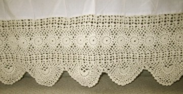 Crocheted Queen bed skirt is great for all types of decor: country, shabby chic, hippie, eclectic, etc!