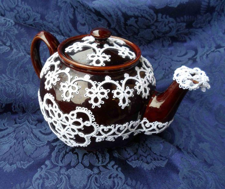 tatted tea pot