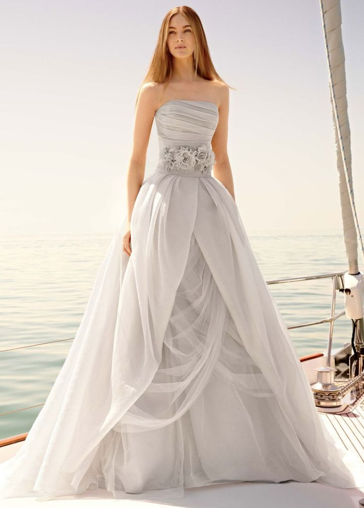 I love this vera wang for david 39 s bridal sterling ball for White vera wang wedding dresses