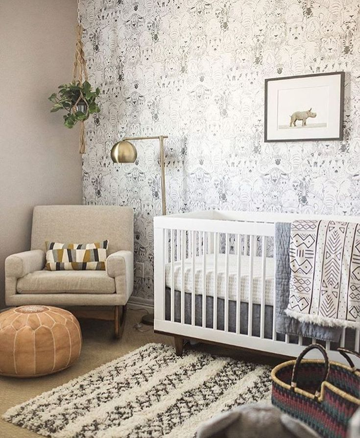 Your Little One Will Love These 8 Gender Neutral Nurseries: Best 25+ Moroccan Pouf Ideas On Pinterest