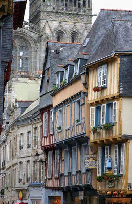 "#Fachwerkhäuser ""Quimper. Finistère Bretagne"