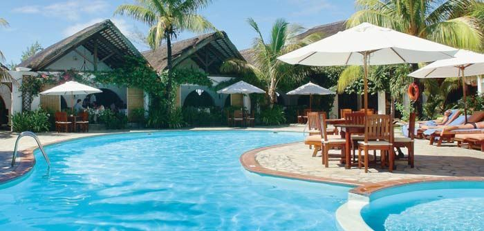 Surrounded by sandy beaches and casuarina trees along one of the most beautiful lagoons of Mauritius, Veranda Palmar Beach Hotel offers a seaside holiday in a very pleasant and welcoming atmosphere with its modern and colourful interiors. http://www.concierge-hotels.com/accommodation-mauritius/hotels/veranda-palmar-14  #Mauritius #Hotel