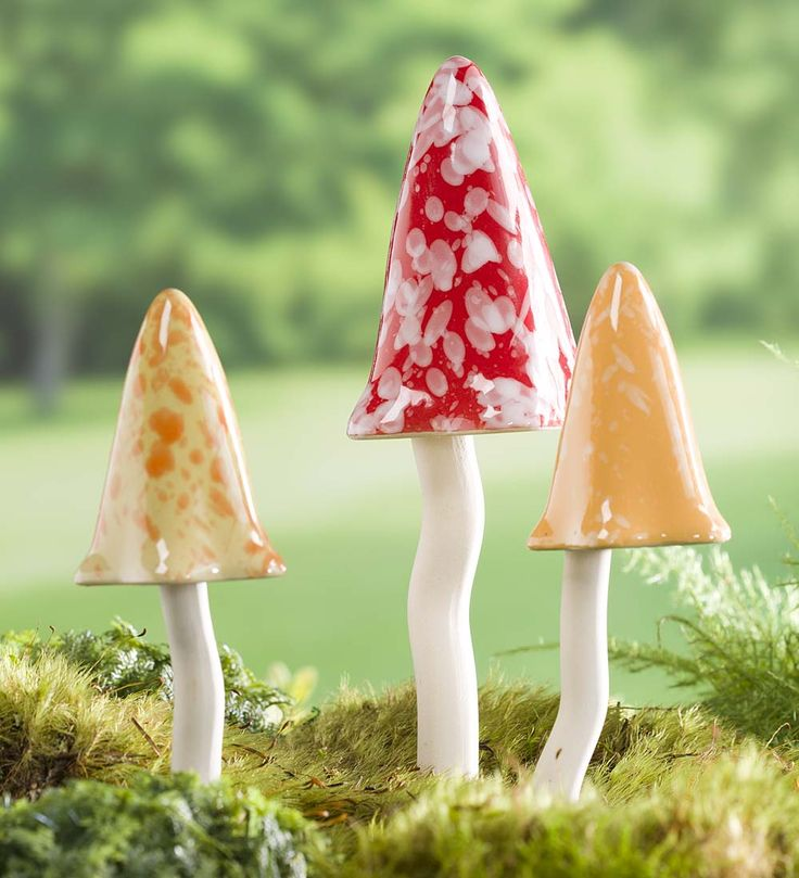 Tinkling Toadstool Outdoor Ornaments, Set of 3   Miniature Fairy Gardens