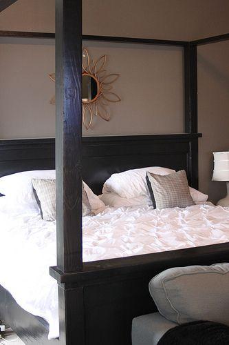 best 20 king size canopy bed ideas on pinterest. Black Bedroom Furniture Sets. Home Design Ideas