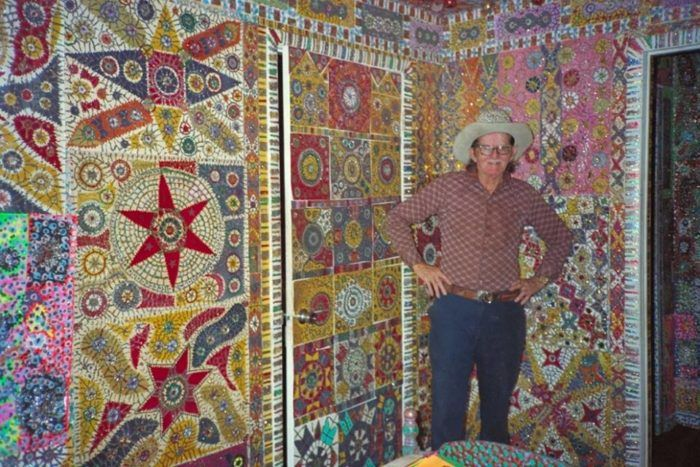 No two areas of the home are the same and the walls are covered in everything from patterns of cut-out paper to paint and glitter, as well as photographs and magazine pages. It's a giant kaleidoscope of color and collage.