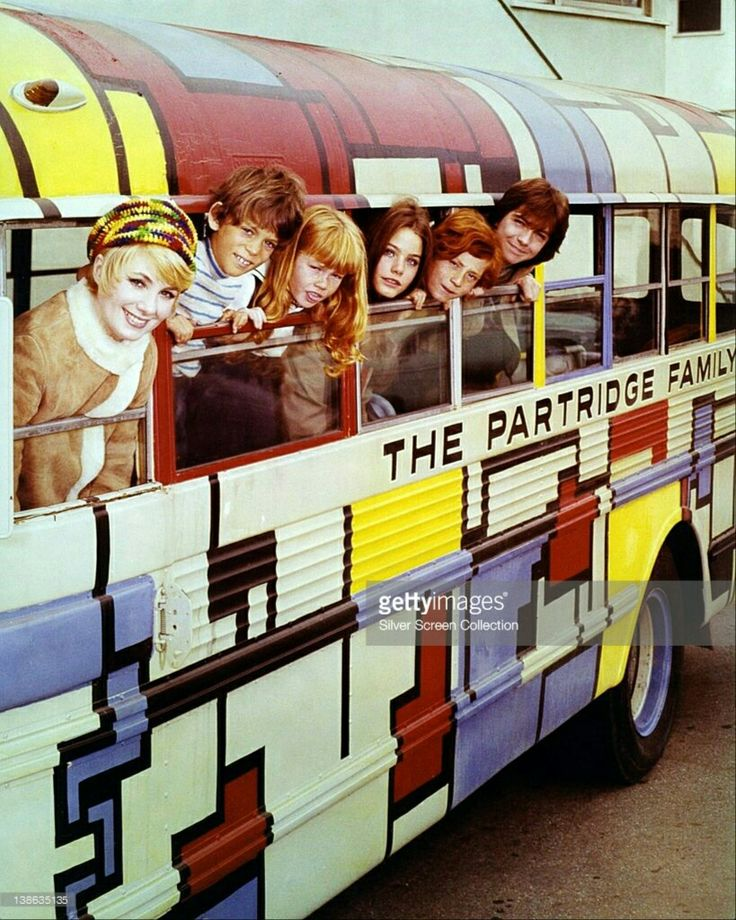 The Partridge Family Shirley Jones, US actress and singer, Brian Forster, US actor, Suzanne Crough, US actress, Susan Dey, US actress, Danny Bonaduce, US actor, and David Cassidy. (Photo by Silver Screen Collection/Getty Images)