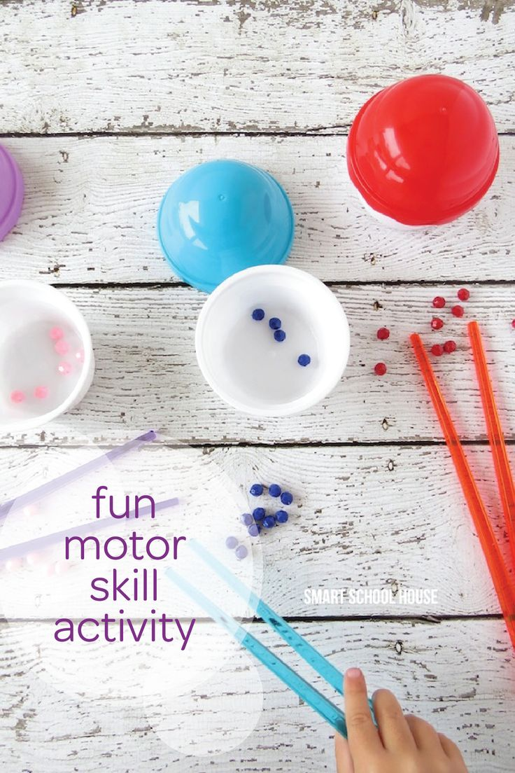 Toddler coloring milestones - Getting Your Child To Practice His Or Her Motor Skills Is Easier Than You Might Think Toddler Milestonesclothespinsmotor