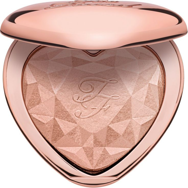 Too Faced Love Light Prismatic Highlighter is a heart-shaped highlighter with a silky smooth texture that allows for a buildable pearl radiance.