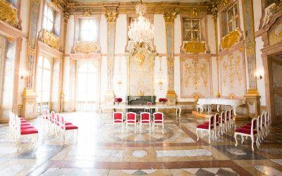 Wer nur standesamtlich heiratet… Standesamt Mirabell in Salzburg. Perfekt geeignet für eine edle Hochzeit in Österreich