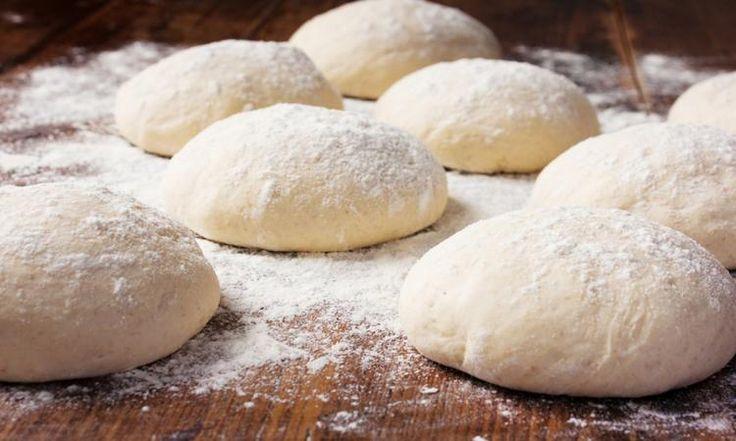 Ma recette secrète de pâte à pizza maison!  Un seul ingrédient vient faire toute la différence