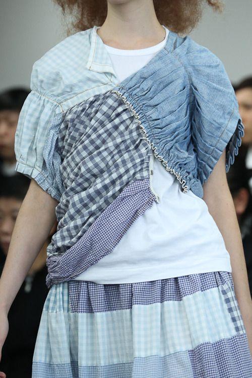 [No.69/70] tricot COMME des GARÇONS 2013春夏コレクション | Fashionsnap.com