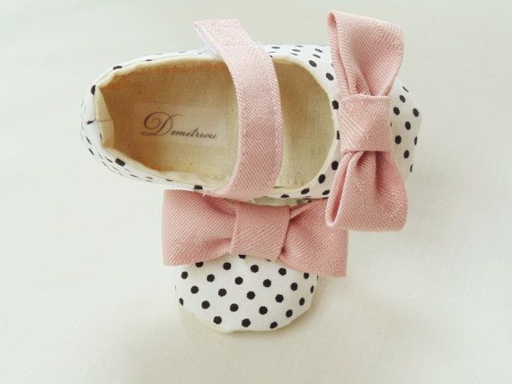 Adorable! Etsy listing at https://www.etsy.com/listing/177396279/pearls-baby-shoes