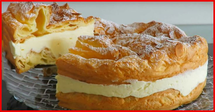 """Tortul """"Karpatka"""" este un desert polonez deosebit de gustos, foarte aerat și gingaș, care se prepară din aluat opărit și cremă de vanilie. Pentru prepararea acestui tort veți avea nevoie de puține ingrediente, dar rezultatul e extraordinar, veți obține un desert delicios, care va fi pe placul tuturor. Puteți prepara acest tort original la orice sărbătoare. Savurați-l cu băutura preferată. INGREDIENTE PENTRU ALUAT -100 ml de apă -100 ml de lapte -140 g de făină -4 ouă -80 g de unt -1/2 li..."""