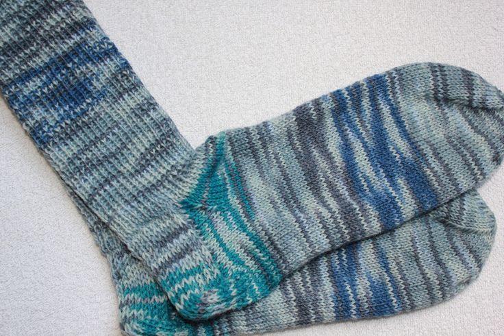 Weiteres - Handgestrickte Socken Gr. 42/43 - ein Designerstück von bastelmaus19 bei DaWanda