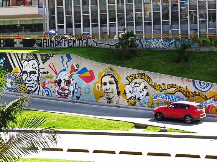 6. Murales de La Calle 26 con Carrera Séptima al lado de la Torre Colpatria.