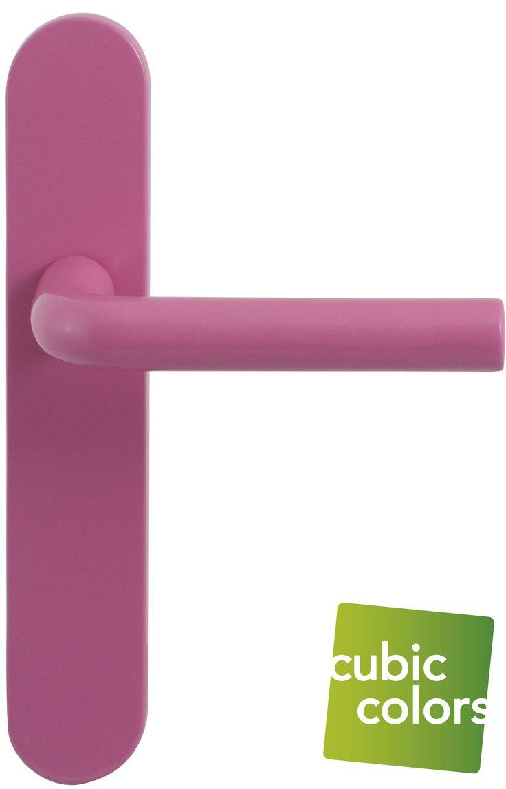 Prachtig deurbeslag voor prinsesjes, deze roze deurkrukken. Stel ze helemaal zelf samen op https://www.deurbeslag.nl/deurkrukken/filter/finish/roze/