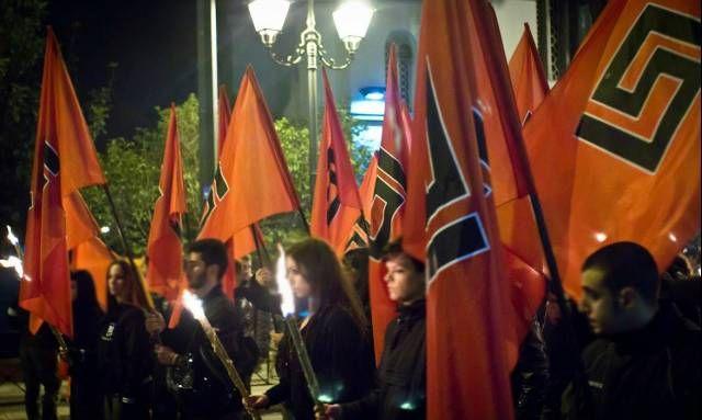 """Εφημερίδα """"Δημοκρατία"""": Πρώτο κόμμα η Χρυσή Αυγή στην ελληνική νεολαία"""