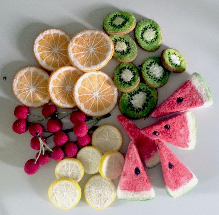 Dimensional Weaving - Martina Celerin 3D fiber art: Summer Fruit