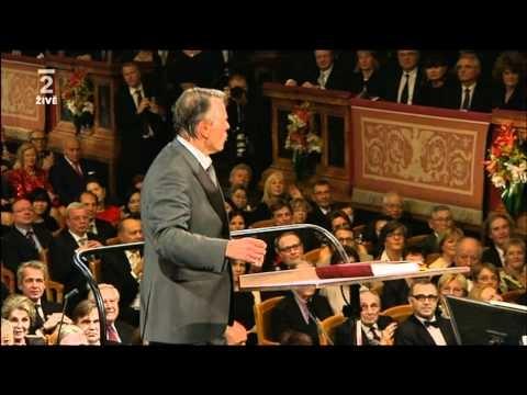 2012 New Year Concert - Johann Strauss Vater - Radetzky Marsch