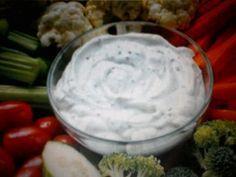 """750g vous propose la recette """"Sauce apéritives pour légumes crus"""" notée 4/5 par 75 votants."""