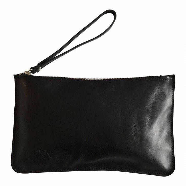 Een persoonlijke favoriet uit mijn Etsy shop https://www.etsy.com/nl/listing/519328086/kiki-make-up-bag-zwart