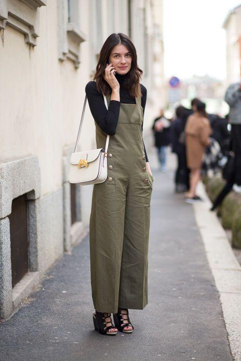 Комбинезоны на улицах Милана можно встретить разные: кожаные, вельветовые и вот такие, в стиле милитари