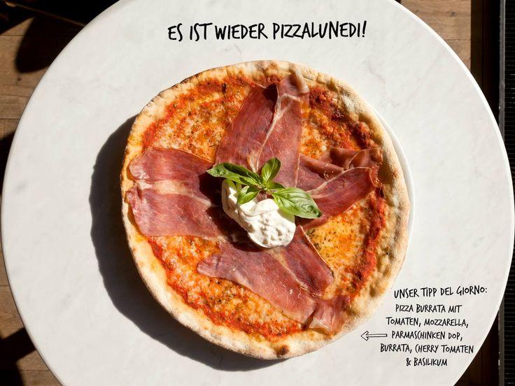Pizzalunedi! #pizzalovers #pizzapastainsalata #pizzaforeverclub