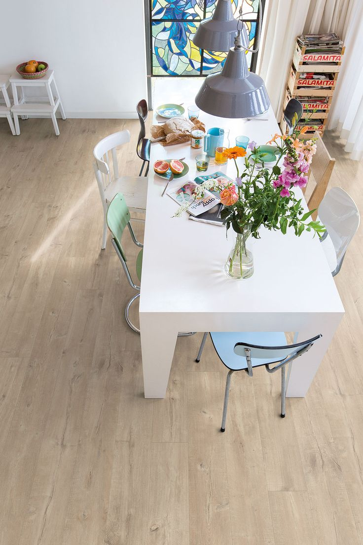 Best 25 Laminate Flooring Fix Ideas Only On Pinterest