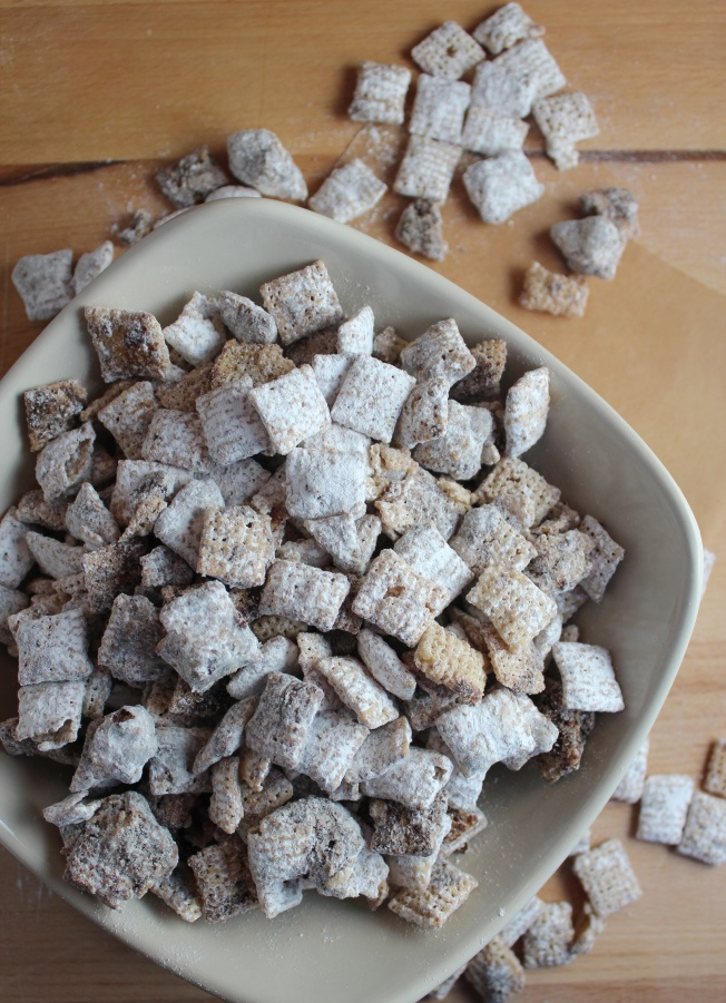 Nutella Puppy Chow is the perfect simple snack that only requires 6 ingredients to make!