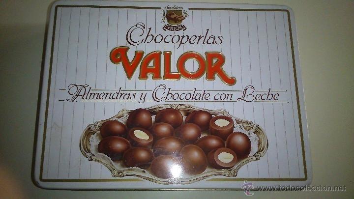 Bonita caja de hojalata de chocolates Valor