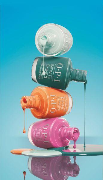 FIJI Collection by OPI Jij kijkt nu vast alweer uit naar de lente! Zon, strand en vitamine D geven je meteen een energieboost. En om je alvast warm te maken voor ons favoriete seizoen, laten we je graag wegdromen bij OPI's nieuwste voorjaarscollectie: Fiji Collection by OPI! Deze lijn met 12 kleuren voor handen en voeten, is verkrijgbaar in nagellak, Infinite Shine én GelColor. Je kunt dus kiezen voor de OPI Color Treatment, die perfect bij je past. You're welcome!  De eilandengroep biedt…