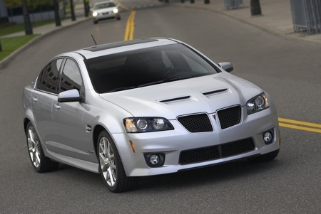 Pontiac G8 GXP.. oh my heavens... a corvette engine inside a pontiac!!  has my name written all over it!! :)