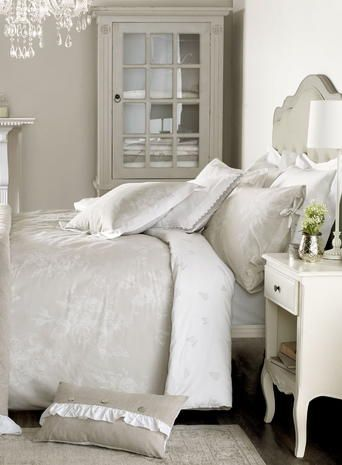Holly Willoughby Rosina Bedding