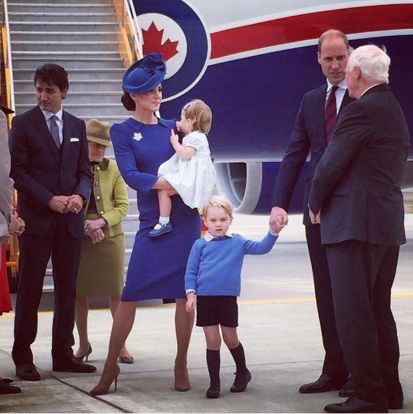 Кейт Миддлтон и принц Уильям с детьми прибыли с визитом в Канаду