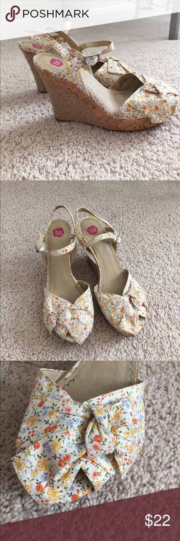 SALE!! BP Nordstrom Bow Wedges 24 HOUR SALE!! These wedges are so cute and comfy! The bow is subtle but really adds some cutesy feels. They have been worn lightly. Comment w/ questions! Nordstrom Shoes Wedges