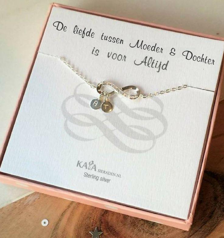 Zilveren Infinity Armband 'de Liefde tussen Moeder & Dochter'
