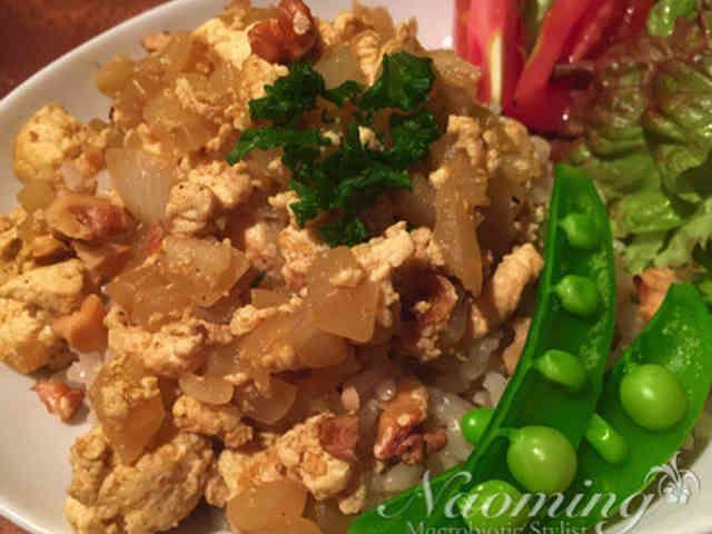 カレー風味の炒り豆腐❤️マクロビご飯の画像