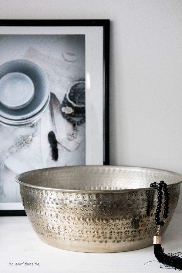 Simple Gro e Metallschale silber
