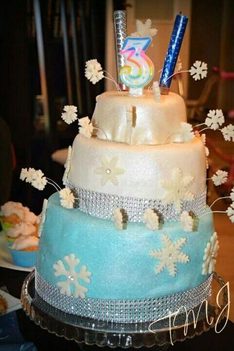 Jégvarázs hópihés szülinapi torta/ Frozen snowflakes birthdaycake