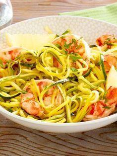 Zucchini noodles with shrimps   – kochen