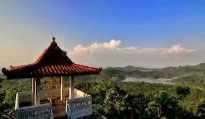 PORTAL INFORMASI - RENTAL MOBIL JOGJA   YOGYAKARTA: Panorama Di Puncak Suroloyo