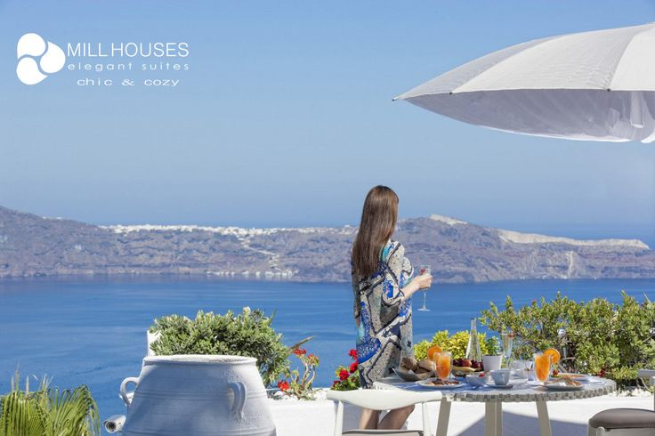 #Santorini, a place of magic for great #holidays! more at millhouses.gr