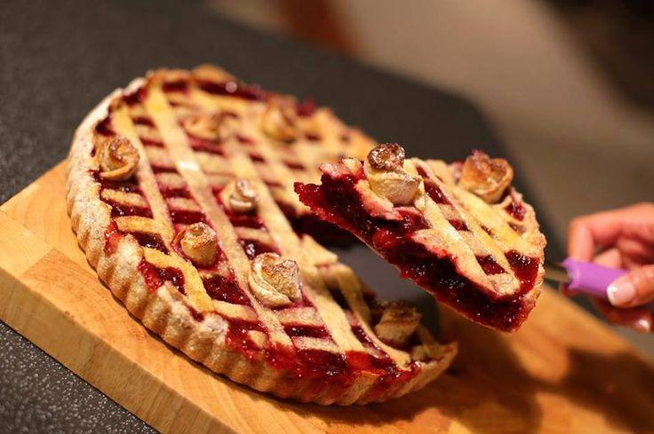paleo meggyes pite
