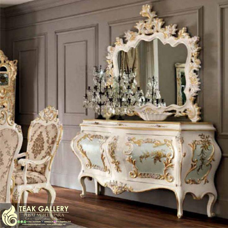 Meja Rias Ukiran Klasik Eropa