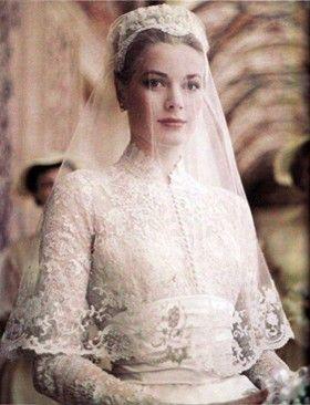 Grace Kelly vestida de noiva (Foto: Reproduo )