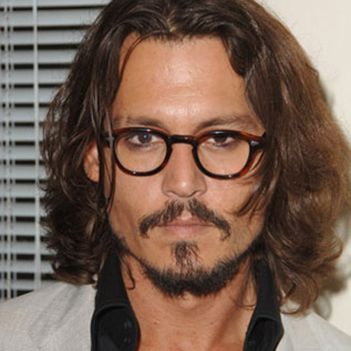 Which glasses do you think Johnny Depp was seen wearing? Round, Rectangular or Cat Eye? #celbrityglasses #pickone